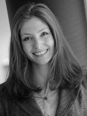 Dr Juliane Reinecke