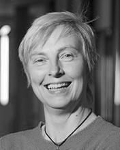Dr Elizabeth Frazer